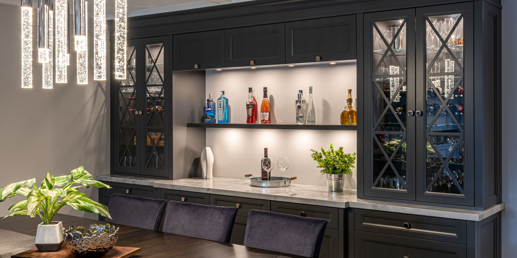 modern bar with marble counter top interior design idea